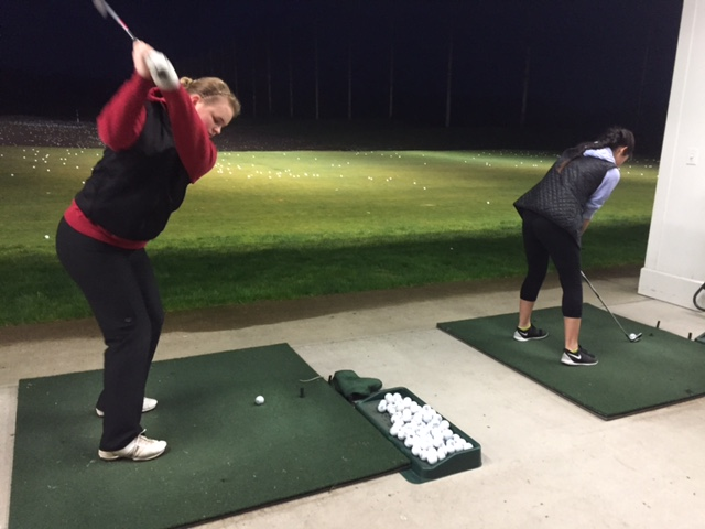 Golfers+prepare+for+upcoming+season