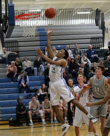 Mens basketball advances to post-season play